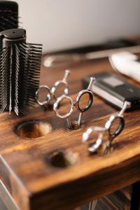 How to start a profitable barber shop